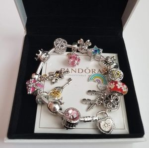 Brand new pandora Bracelet with 15 charms
